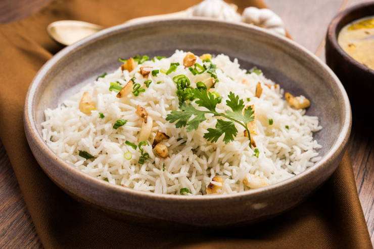How many calories in one bowl of cooked white rice