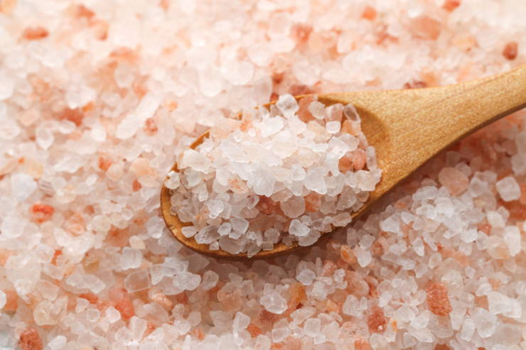 7 Health Benefits of Pink Himalayan Salt - Perfect Keto